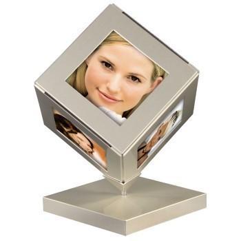 Метална рамка за снимки Cubetto, за 6 снимки 6 x 6 см