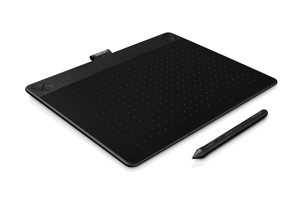 Графичен таблет Wacom Intuos 3D Black Pen & Touch M, Черен